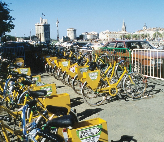 Publicly available rental bikes in La Rochelle.