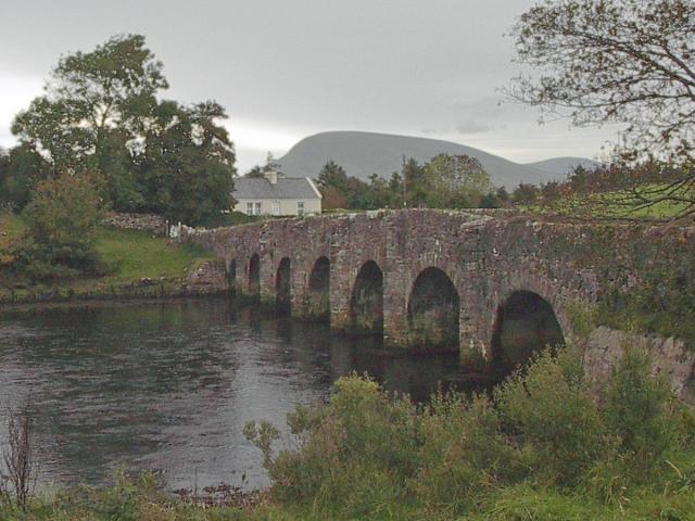 Mayo-house-and-bridge
