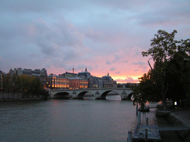 Sunset-on-the-Seine