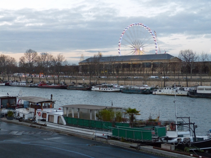 houseboats-of-Paris