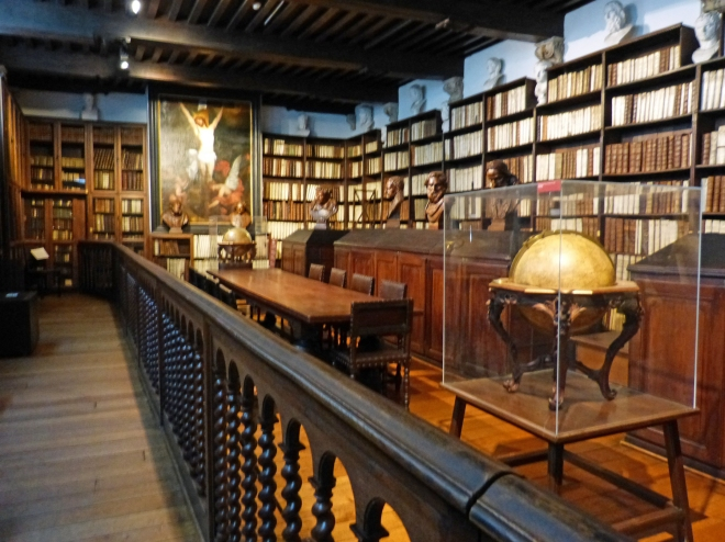 one-library-of-old-books
