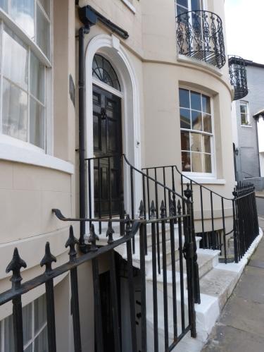 Foyles-Doorway-P1110427