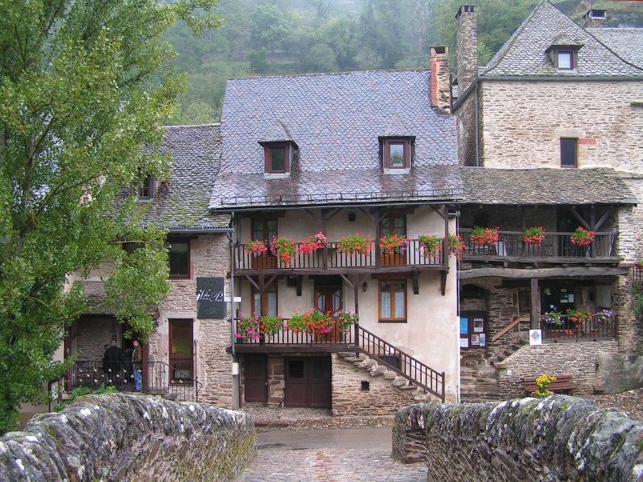 belcastel-hotel-du-vieux-pont