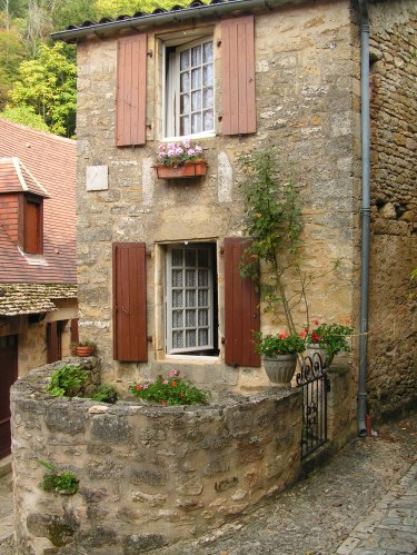 house-in-beynac