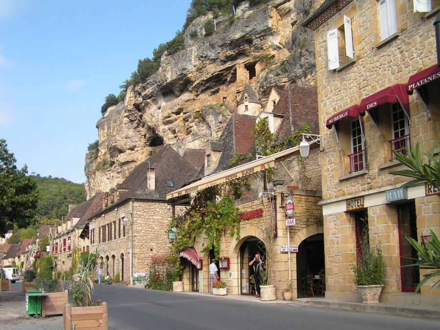 le-roque-gageac-street